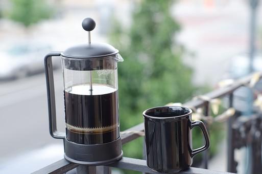 フレンチプレスコーヒー