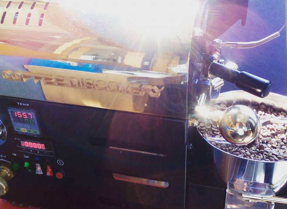 コーヒー豆小型焙煎機「ディスカバリー」は業務用でも家庭用でも使えます